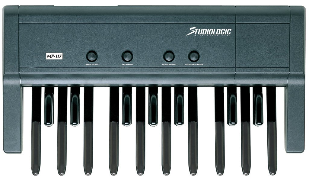 Studiologic MP-117 Dynamic 17-Note MIDI Base Pedal Board for MIDI Keyboards
