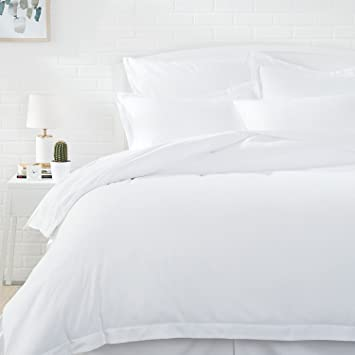 AmazonBasics Microfiber Duvet Cover Set   Twin/Twin XL, Bright White