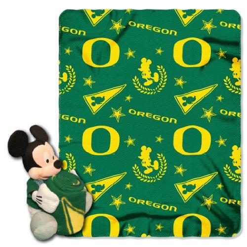 (NCAA Oregon Ducks Co-Branded Disney's Mickey Hugger and Fleece Throw Set)