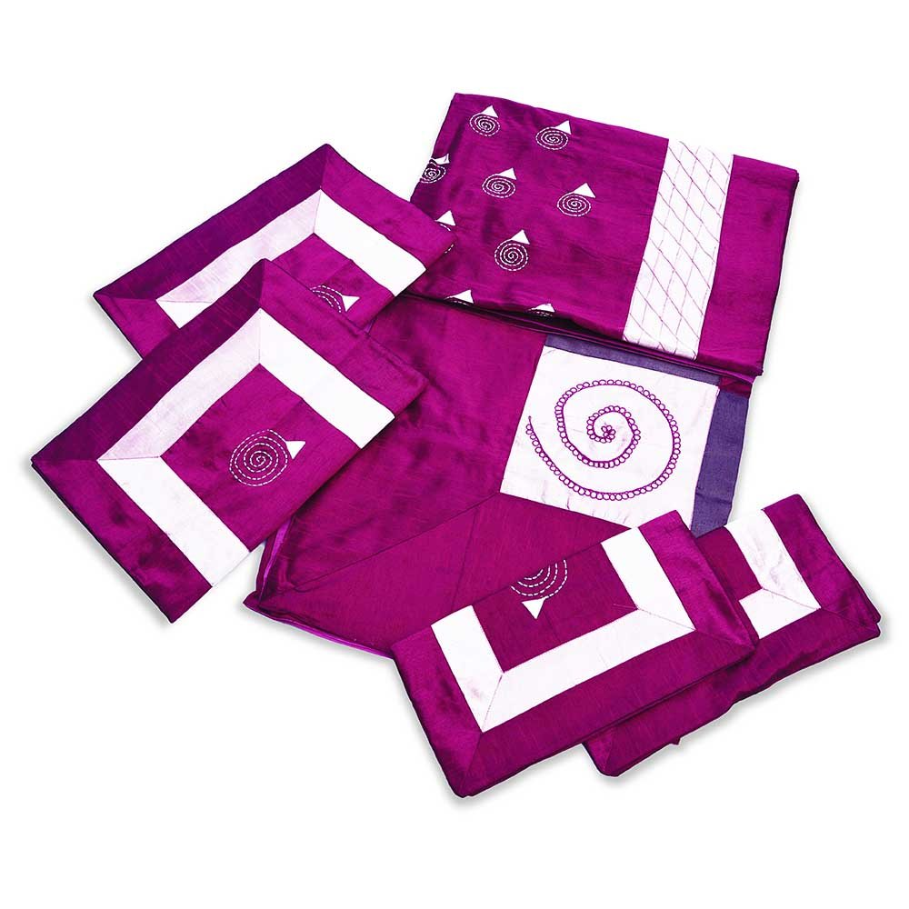 Little India Traditional 5 Piece Magenta Silk Double Bed Cover 331 LTA/_DLI3SLK331/_PUE