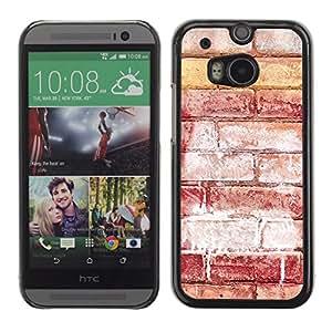 Qstar Arte & diseño plástico duro Fundas Cover Cubre Hard Case Cover para HTC One M8 ( Brick Wall Red Art Street Grafiti White)