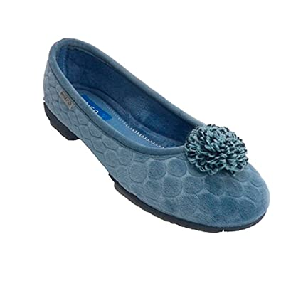 7f442457f21 Made in Spain Manoletina Closed Type Shoe Woman With Pompom muro In  Heavenly Size 41 EU