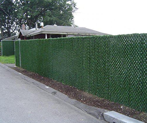 Synturfmats artificial hedge slats panels for chain link for Green privacy fence ideas