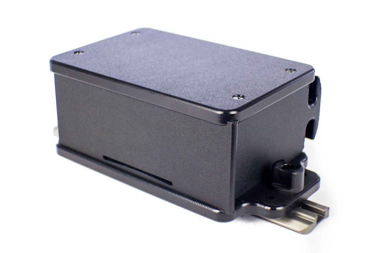 CellBlok, track mounted, accepts 7.2 Ah and 9 Ah batteries, box only.