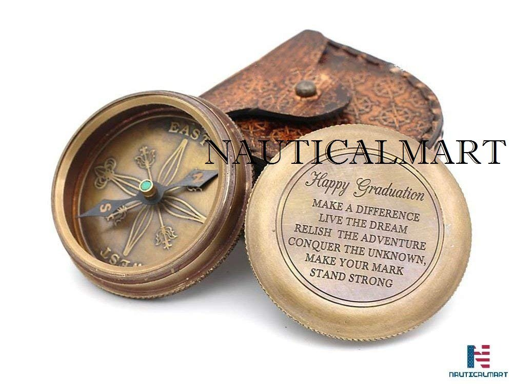 NAUTICALMART 5,1 cm Kompass Messing Happy Graduation Zitat mit Leder Fall