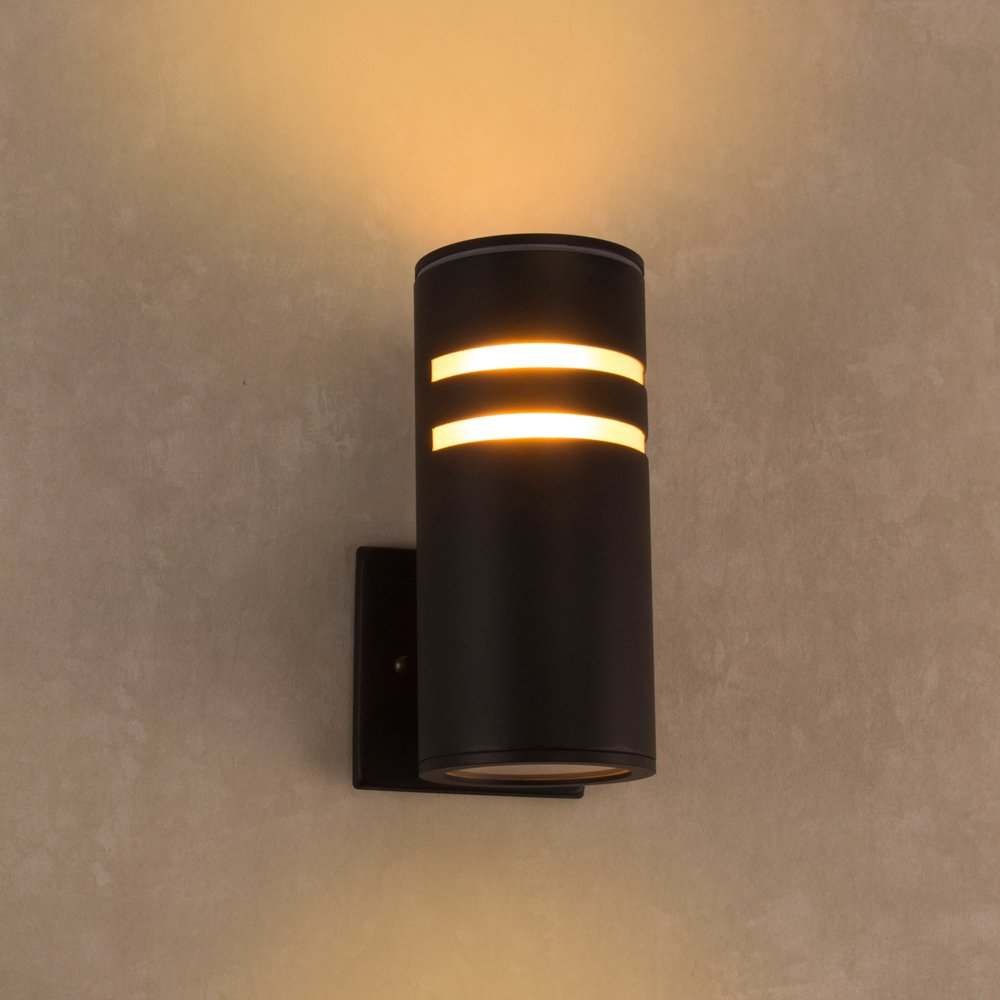 Outdoor Wall Light, Naturous PLW02 Waterproof Outdoor Porch Light, Modern Wall Sconce Painted Black, UL Listed by Naturous