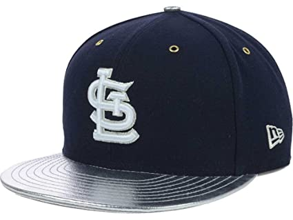 8abd5afd374 Image Unavailable. Image not available for. Color  New Era St. Louis  Cardinals MLB 9FIFTY Strapback Cap Hat Silverflect Vize