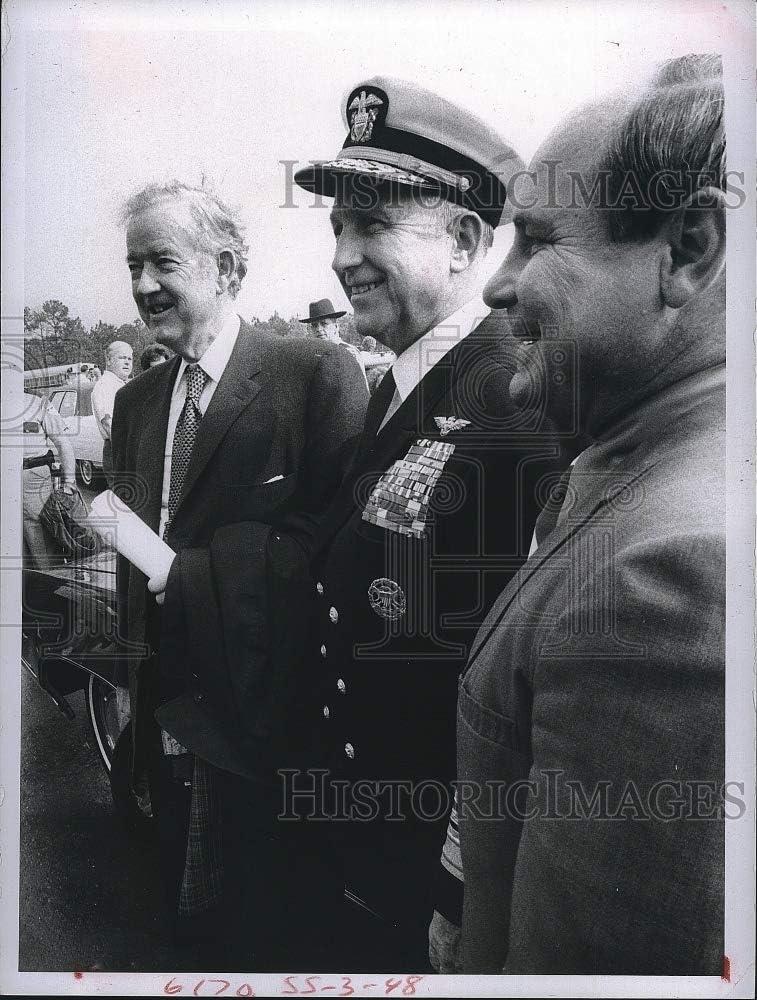 Vintage Photos 1971 Admiral Thomas H Moorer Navy Chief, Senator Sparkman & Mayor 6.5 X 8.5 Inches