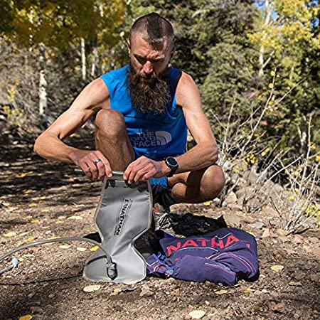 Nathan Men/'s Hydration Pack // Running Vest Marathon Cycling and More Hydration Backpack Hiking VaporKrar 2.0-12L Capacity with 1.6 L Water Bladder Running Outdoors