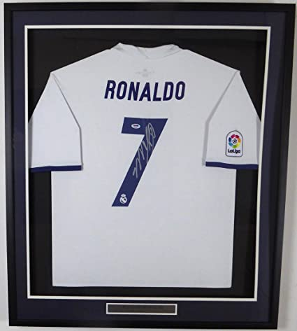 purchase cheap cd7e9 0629c Cristiano Ronaldo Autographed Framed Real Madrid Fly ...