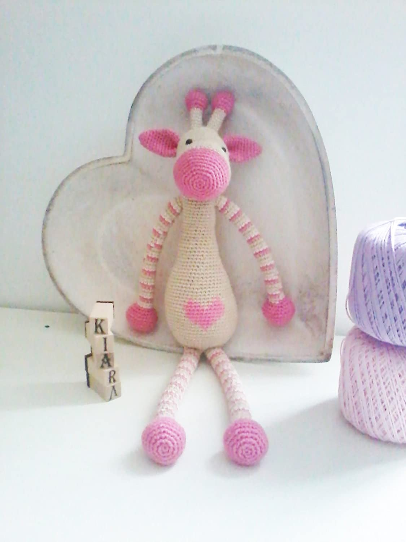 MargheritaRosa _ gehäkelte Giraffe. Geschenk für Kinder und Babys. Sammelgeschenk. anpassbare Puppe mit Herz