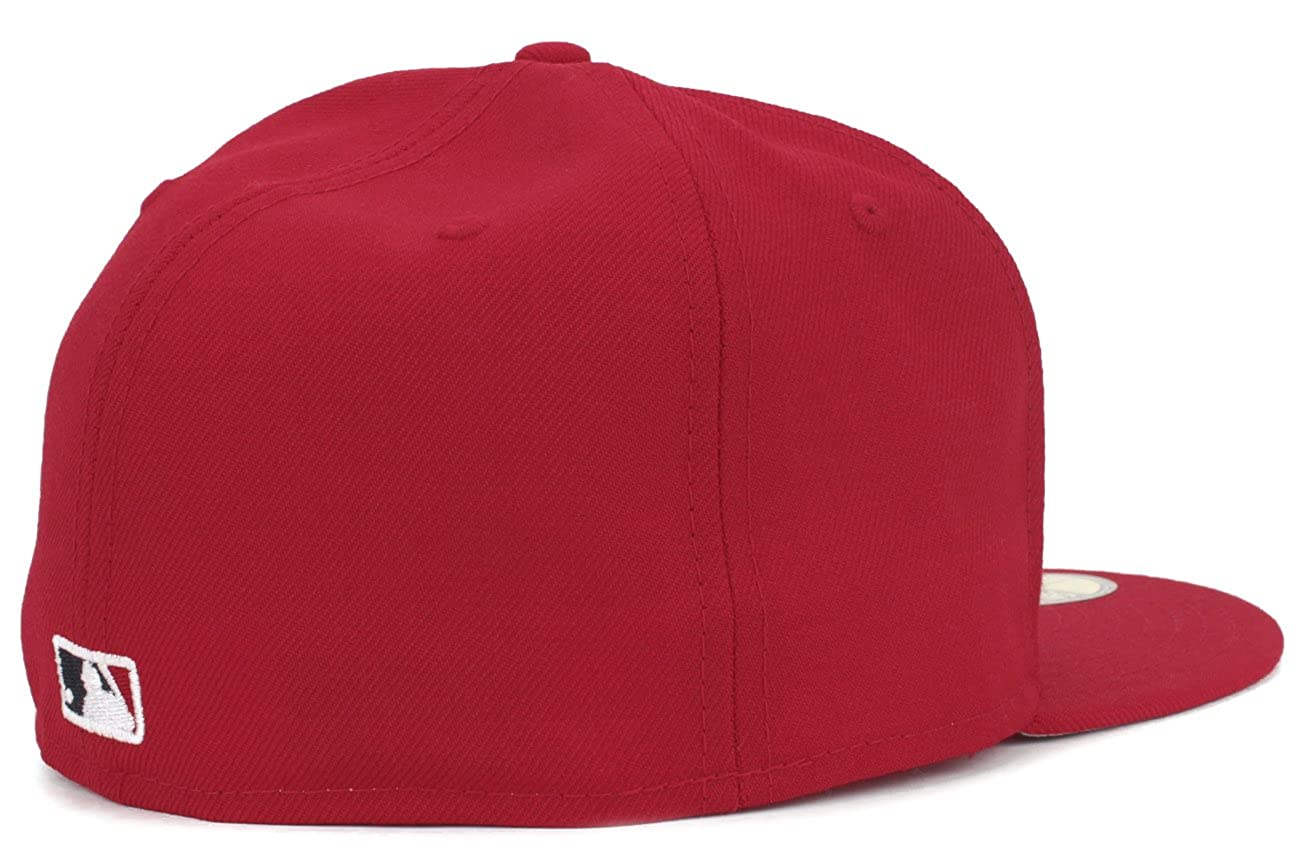 2f7466fe5d0 New Era Los Angeles Angels 2002 World Series Patch Fitted Hat Cap at Amazon  Men s Clothing store