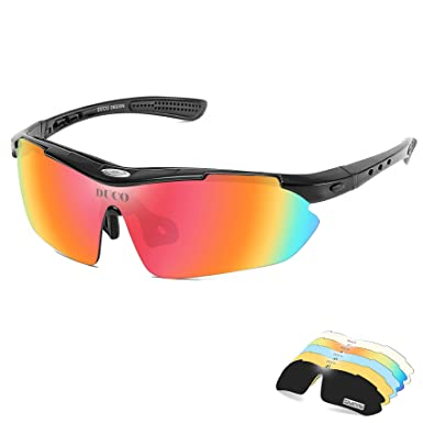 a0b02ce0d84 Duco Polarised Sports Mens Sunglasses for Ski Driving Golf Running Cycling  Glasses Superlight Frame With 5 Interchangeable Lenses SP0868 (Black)  ...