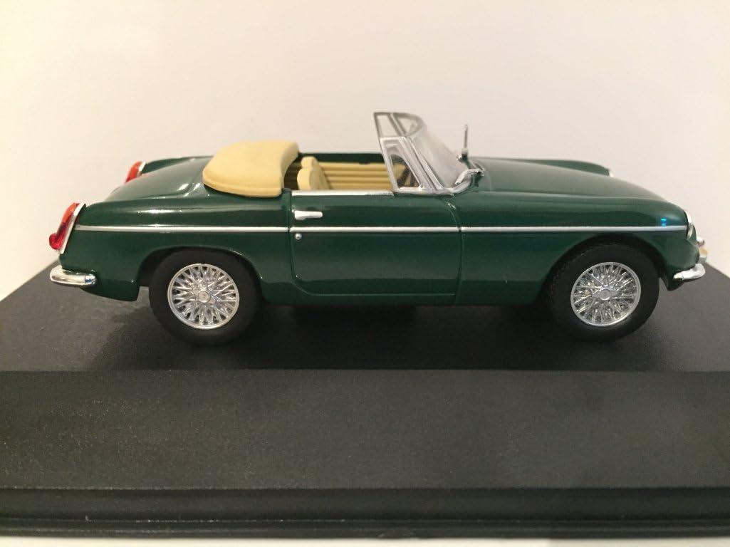 Triple 9 1964 MG BGT Vert 1//43 Voiture Miniature avec Cr/ème Int/érieur