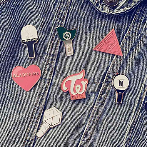 Youyouchard Kpop BTS Bangtan Boys Blackpink EXO GOT7 Twice Wanna ONE Brooch Pin Badge Colored Lacquer Brooch Alloy Brooch Coat Hat Bag Decorations