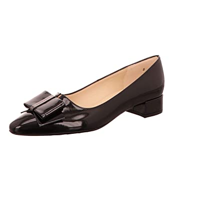c5cc681b8dcc Peter Kaiser Sera Pointed Toe Low Heel Courts in Black Lack  Amazon.co.uk   Shoes   Bags