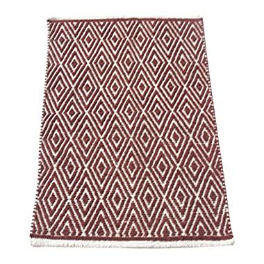 Chardin Home - 100% cotton Diamond Rug Fully reversible - Mat size 21''x34'', Machine washable, Brick Red & Ivory