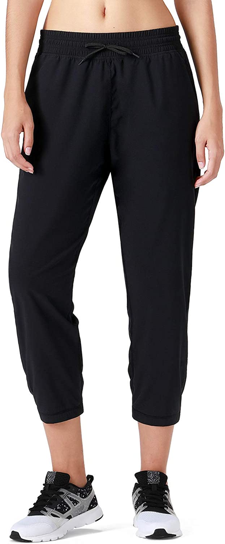 XGEAR Women's Lightweight Capri Pants UPF 50+ Sun Protection Outdoor Jogger Pants Workout Running Sweatpants