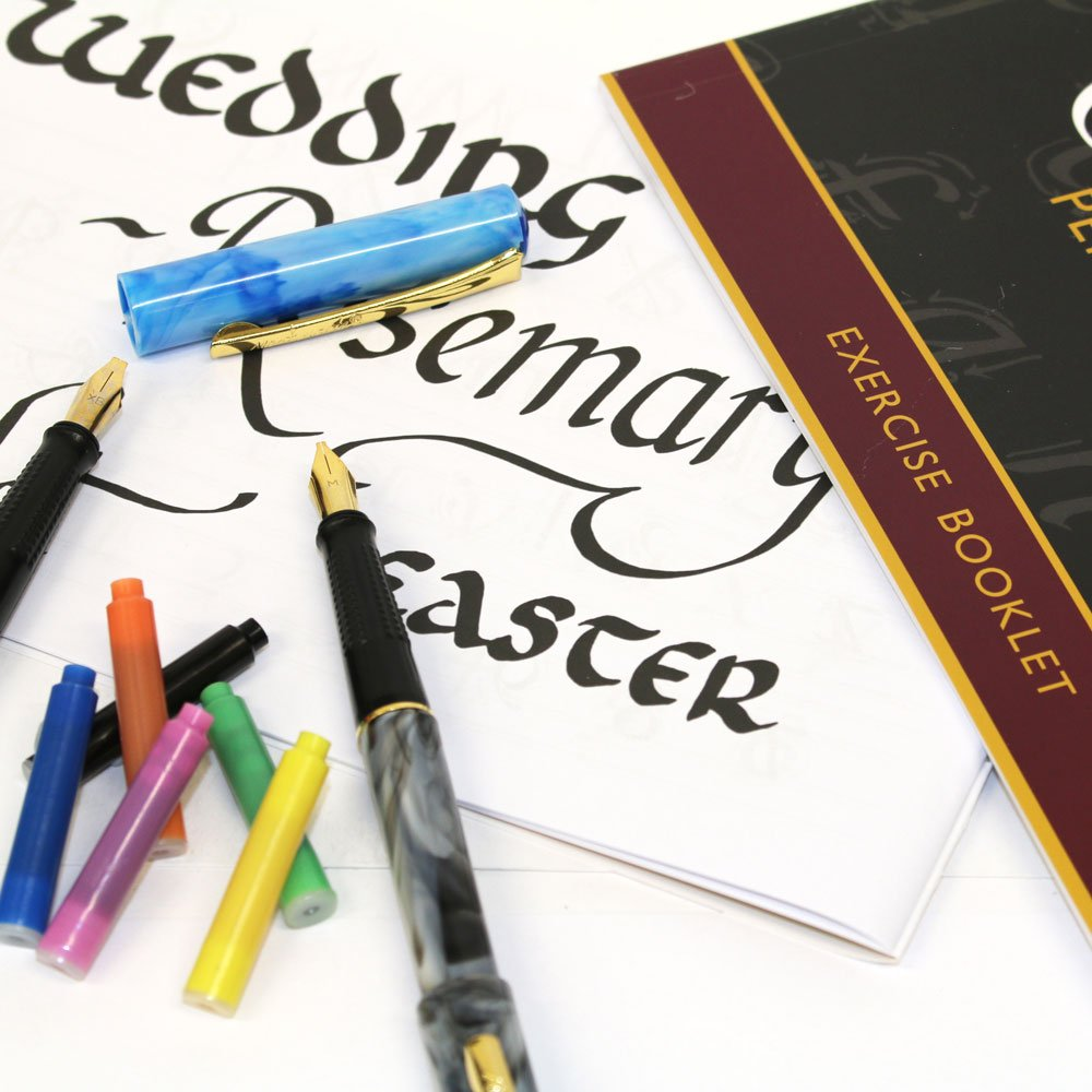 Mont Marte Calligraphy Set, 33 Piece. Includes Calligraphy Pens, Calligraphy Nibs, Ink Cartridges, Introduction Booklet and Exercise Booklet. by Mont Marte (Image #5)