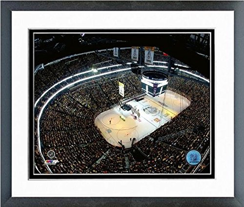 Pittsburgh Penguins Paints Arena 2016 Stanley Cup Banner Raising Photo (Size: 12.5