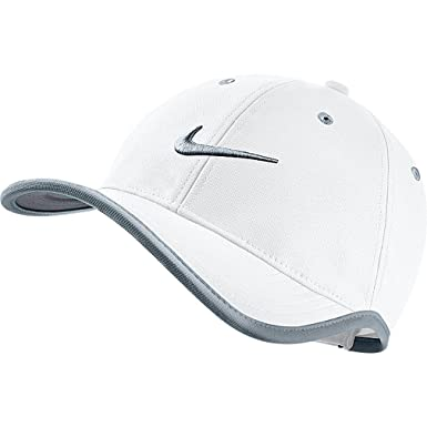 Nike Men s Ultralight Binded Golf Hat Cap 639683 Multiple Colors Adjustable  (100-white)  Amazon.in  Clothing   Accessories b04ee6e5e7c8