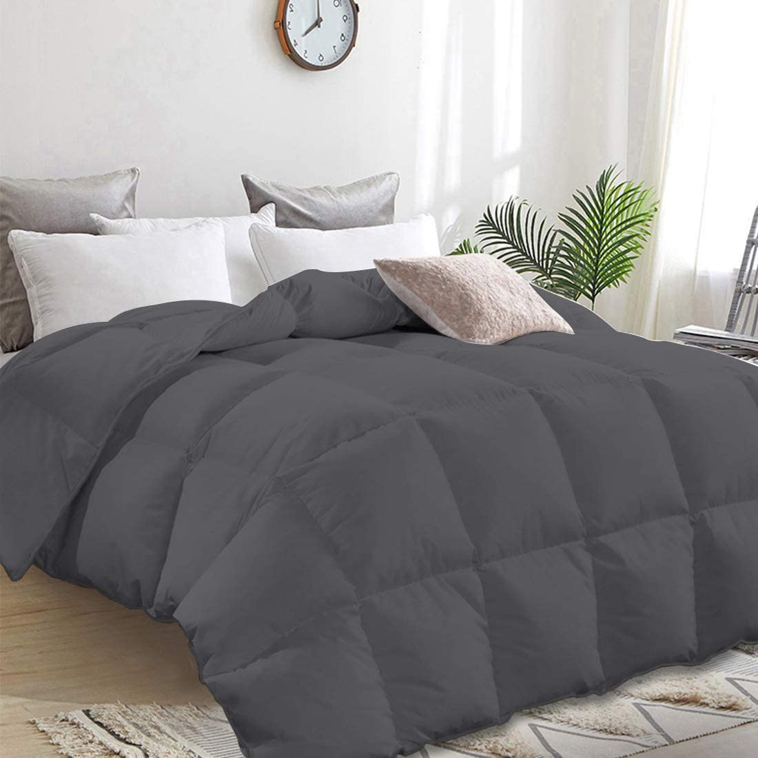 Down Comforter Queen Duvet Insert Down Alternative Quilted Comforter All Season,Plush Microfiber Fill,Machine Washable,Warm Comforter,Dark Grey