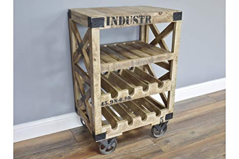 Carro de almacenamiento de vino de estilo industrial vintage con ruedas de madera, barra para