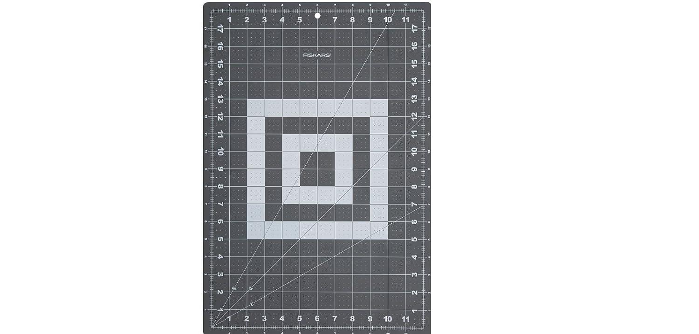 Fiskars 12x18 Inch Cutting Mat (12-83707097J)