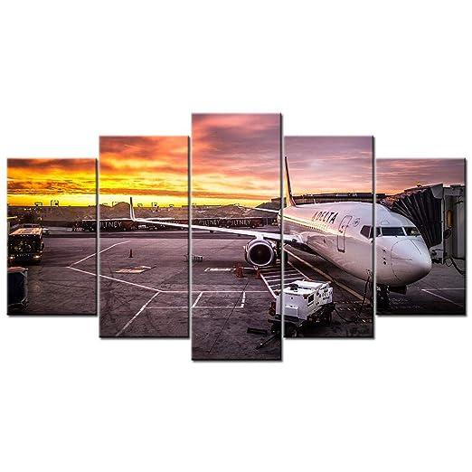 Wodes Boeing 737 Avión De Pasajeros En El Aeropuerto Cartel ...