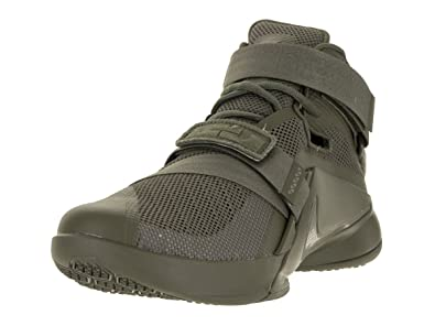 236720f9de03 Nike Men s Lebron Soldier IX PRM Medium Olive MDM OLV NTRL OLV Basketball Shoe  9 Men US  Buy Online at Low Prices in India - Amazon.in