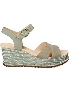 5d1075182fbec Clarks Women's Un Plaza Cross Ankle Strap Sandals: Amazon.co.uk ...