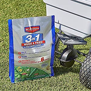 BioAdvanced 704840B 3 in 1 Weed and Feed for Southern 5M Lawn Fertilizer with Herbicide, 12.5 lb, Granules