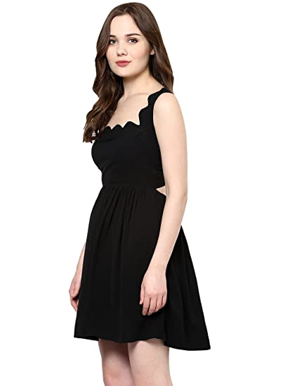 6ded666cc423be Roving Mode Women s Sleeveless Georgette Scallop Detail Tie-Back Mini  Dress  Amazon.in  Clothing   Accessories