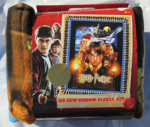 Harry Potter - No Sew Throw Fleece Kit - finished size 43'' x 55'' by Harry Potter