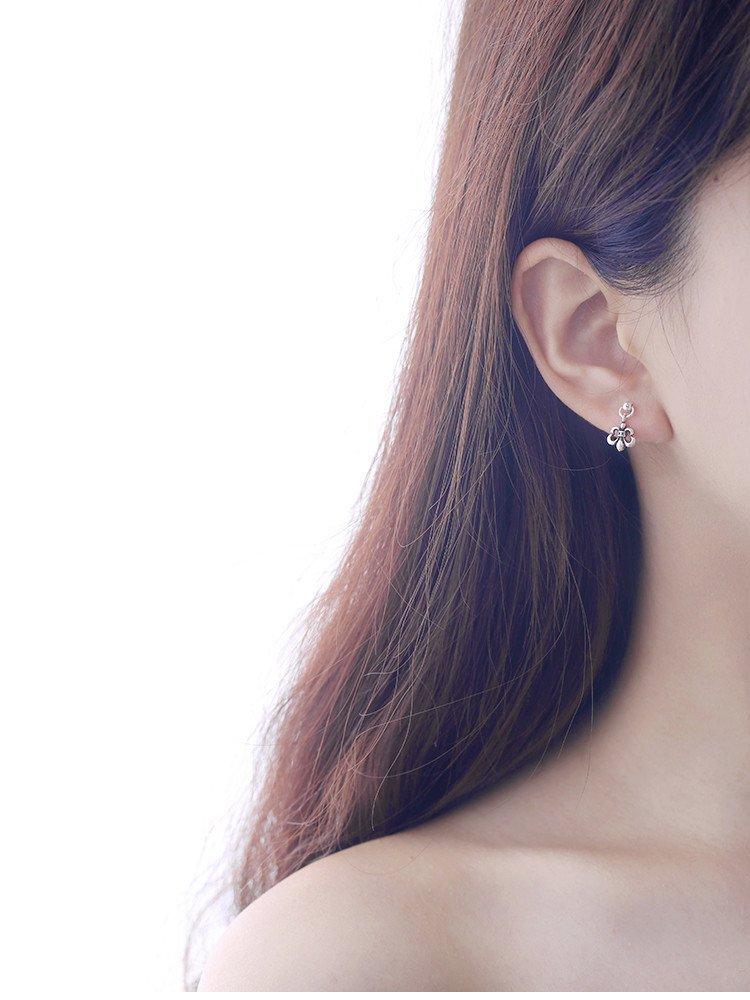 Generic South Korean Thai sterling silver earrings retro personality Single cross earrings earrings women girls lady temperament European and American minimalist tide