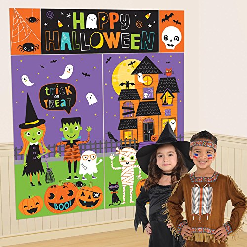 Amscan 670778 Halloween Friends Scene Setter Wall Decorating Kit, Multicolor]()