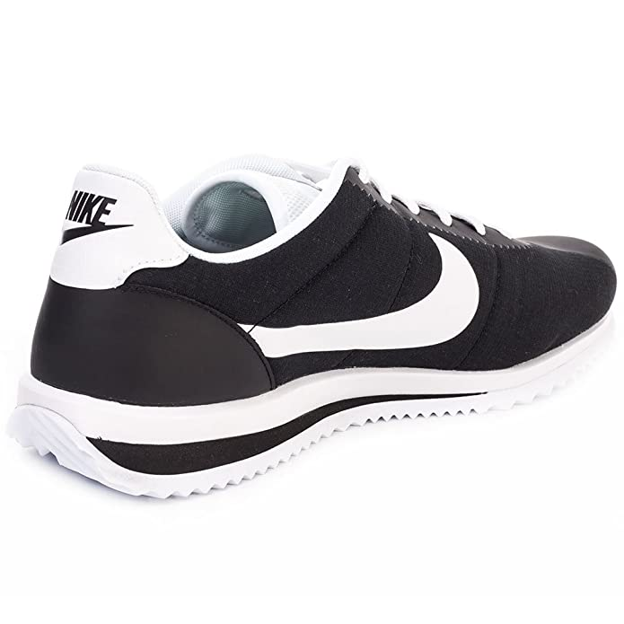 Nike 833142 001  Baskets blanches Cortez Ultra noires et blanches Baskets homme 8193a9
