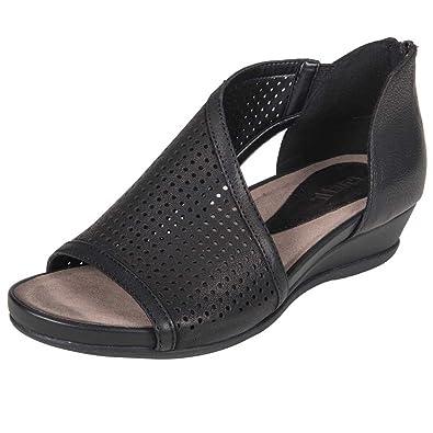 28a899dd87 Earth Womens Venus Black Tumbled Leather Sandal - 5