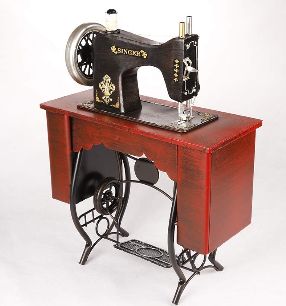 La Joyería Del Arte De La Máquina De Coser Del Pedal, Apoyos Modelo Antiguos De La Fotografía De La Vendimia De La Hojalata, Accesorios De Los Muebles Del ...