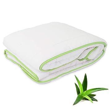Bettdecke 200 X 200 Mit Aloe Vera Extract Kühl Im Sommer Warm Im Winter Preisgekröntes 4 Jahreszeiten Waschbare Steppdecke