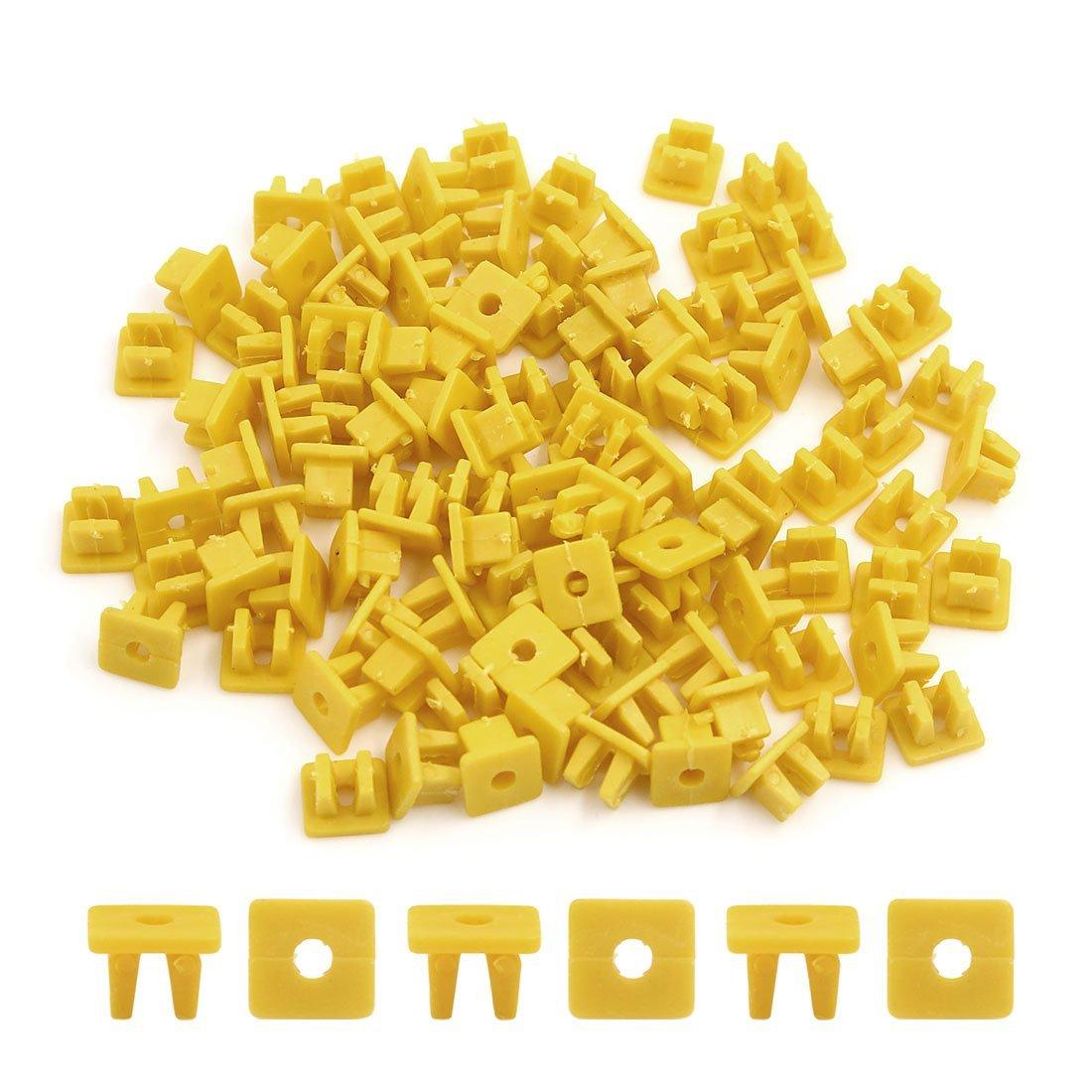 Amazon.com: eDealMax 100Pcs cuadrado Amarillo remaches de plástico Interior moldura varillas de sujeción 9 x 8 mm: Automotive