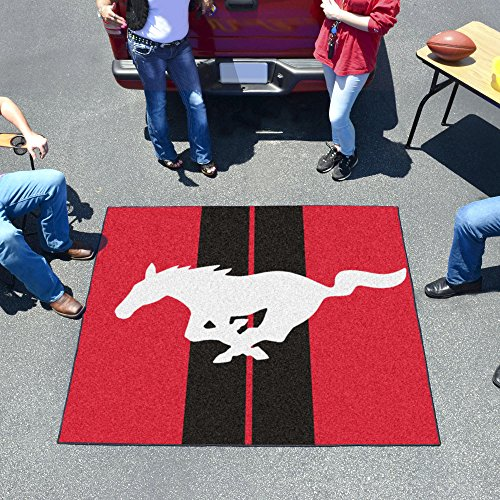 (NASCAR Ford - Mustang Horse Tailgater Rug, 60