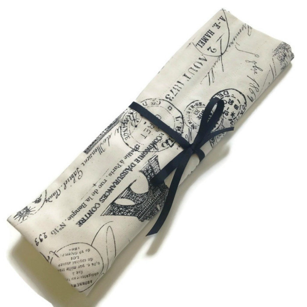 Straight Needle Case for Single Points 10 and 14-Inch Buttermilk Cottage SNCBlackToile SNCRedToile
