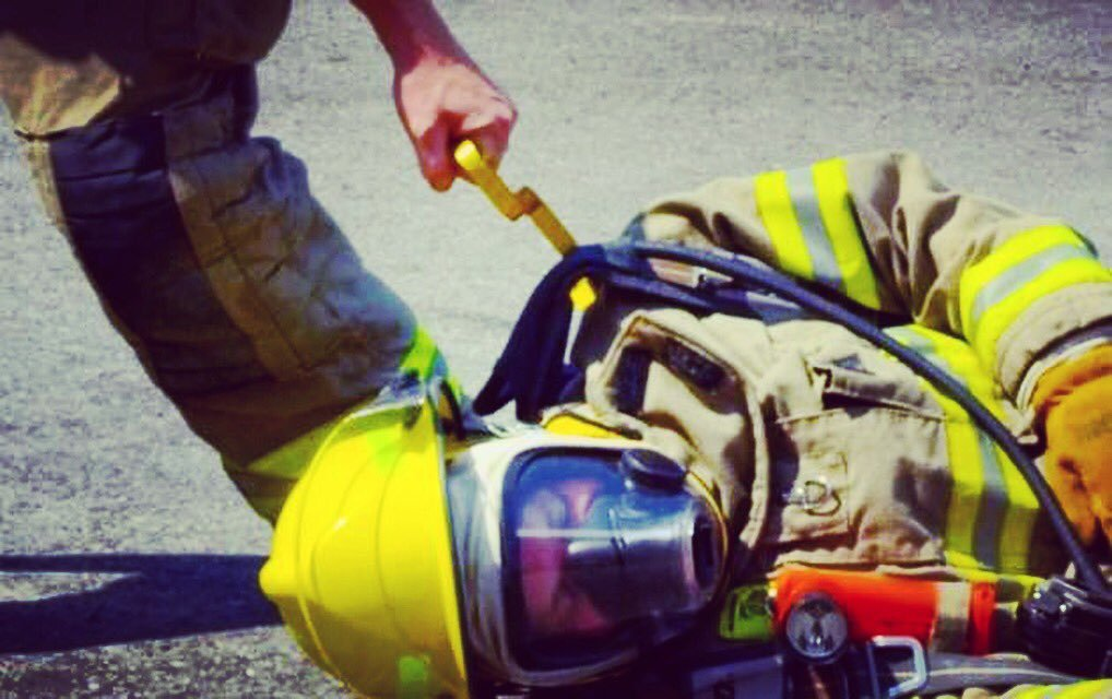 Snagger Tool (Blue) by Motis Fire Rescue (Image #8)