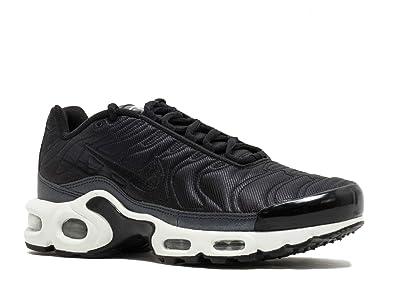 super popular 0b6e9 c4a1a Nike WMNS Air Max Plus Se, Sneakers Basses Femme  Amazon.fr  Chaussures et  Sacs