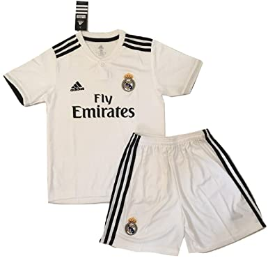 dffbdca5c Amazon.com  NEW 2018 2019 Real Madrid Home Jersey   Shorts for Kids ...