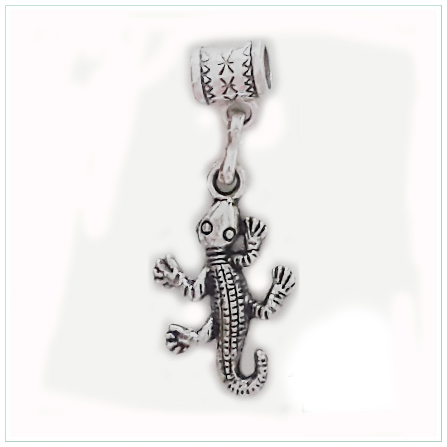 Gecko charm in antique silver by Mossy Cabin for modern large hole snake chain charm bracelet, or add to a neck chain, pendant necklace or key chain