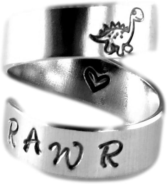 Rawr significa que I Love You en Dinosaurio espiral anillo corazón interior handstamped con amor
