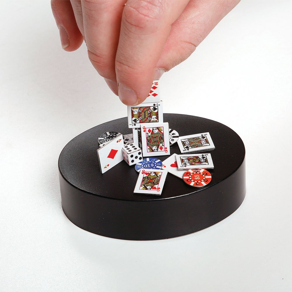 Launch Innovative Products Phoebe Magnetic Poker Art Sculpture Desk Toy - 3.5 Inch