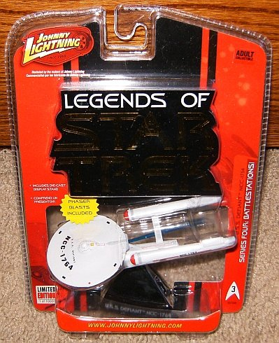 Legends of Star Trek USS Defiant NCC-1764 Series Four Starship
